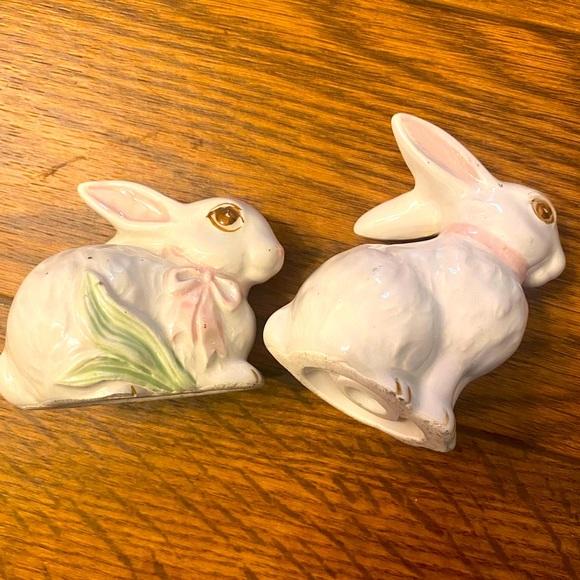 Vintage Easter Bunny Salt & Pepper Shakers, Japan